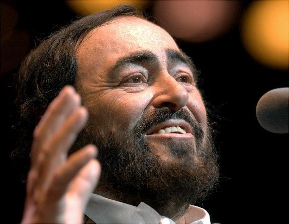 Gal_pavarotti_7