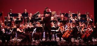 Orchestre_de_l_opera_de_toulon_-2_c_khaldoun_belhatem-2[1]