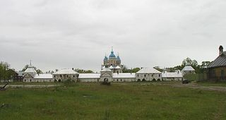 400px-Konevets_Monastery_from_east[1]