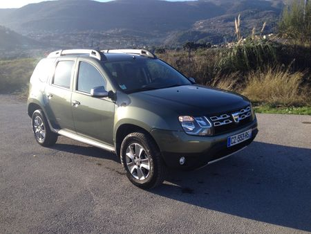 1000 km avec le nouveau dacia duster bo te auto. Black Bedroom Furniture Sets. Home Design Ideas