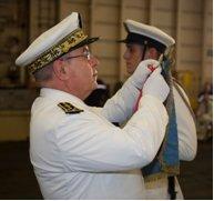 Remise-de-fourrageres-aux-flottilles-17f-et-4f-actuellement-deployees-sur-le-charles-de-gaulle_article_demi_colonne