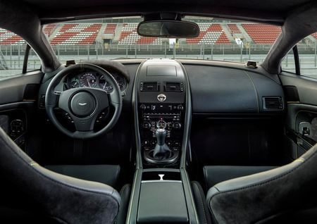 V8-vantage-n430 int01a-(12)
