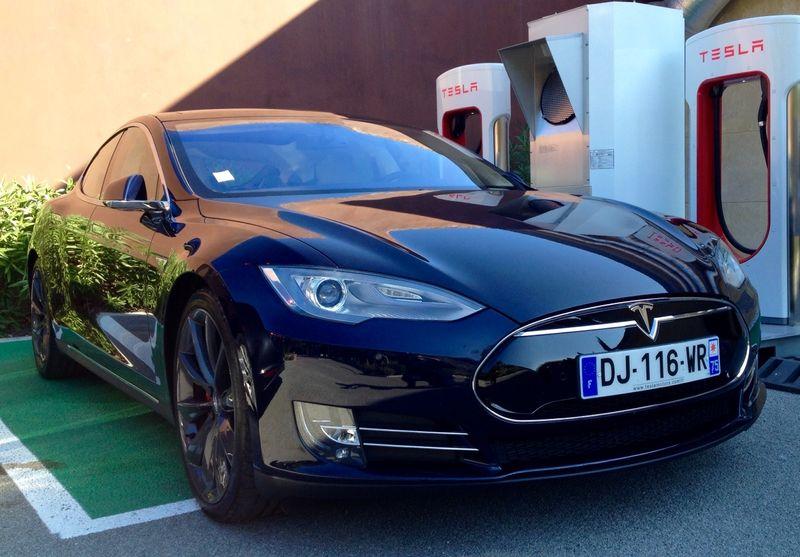 Tesla super